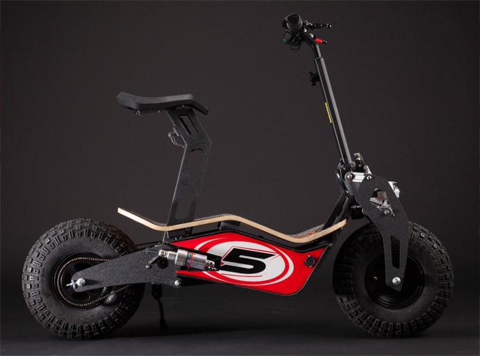 alessandro-tartarini-designer-mad-the-new-velocifero