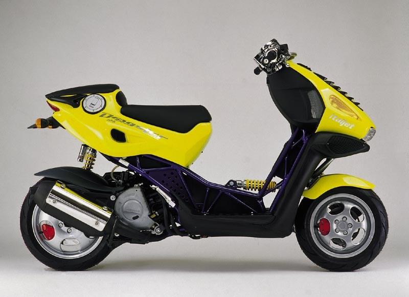 alessandro tartarini italian style scooter italjet-dragster-1