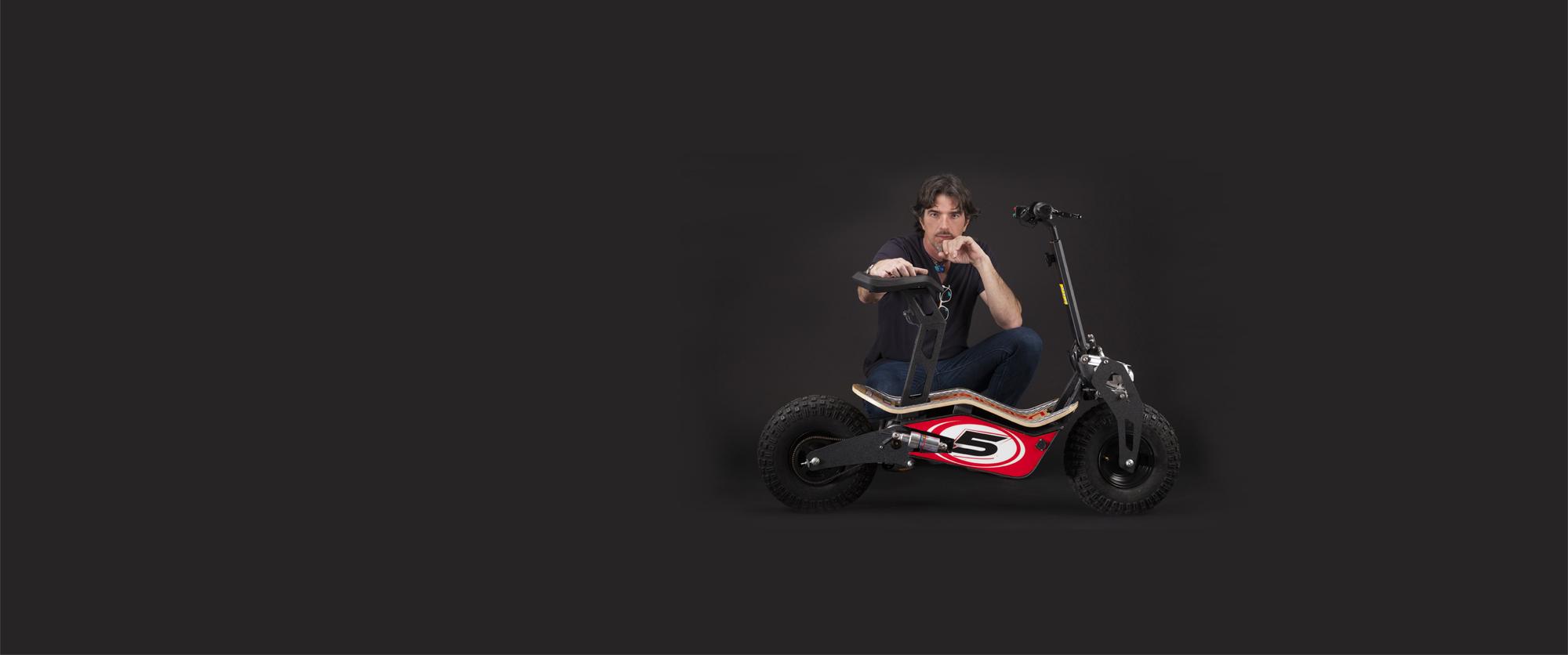 mad-the-new-velocifero-designed-by-alessandro-tartarini-italian-designer-eicma-2015